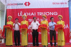 Khai trương trụ sở mới của Chi nhánh Techcombank Thanh Hóa