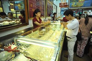 Giá vàng tụt dốc