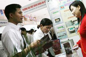 Gần 500 tỷ đồng được ký tại Techmart Quảng Ninh