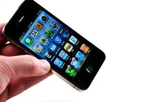 `Trái táo 4` của Vinaphone có giá 10 triệu?