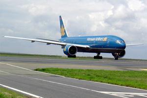 Vietcombank và Vietnam Airlines khuyến mãi lớn
