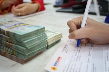 Thêm nhiều ngân hàng nhập cuộc giảm lãi suất