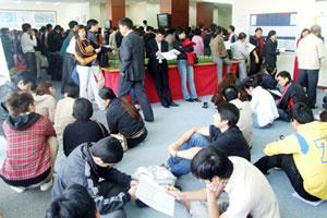 Khách xếp hàng mua, Nam Cường bán hết 209 căn hộ CT7D