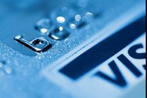 """""""Móc túi"""" từ thẻ tín dụng"""
