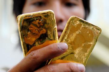 Ầm ĩ vì thông tin 1.000 tấn vàng nhập ròng