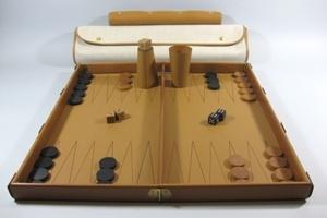 Bàn cờ Backgammon của Hermès