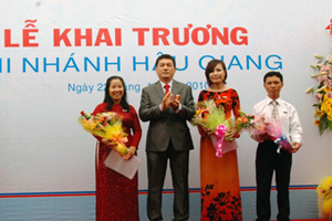 VietinBank khai trương chi nhánh Hậu Giang