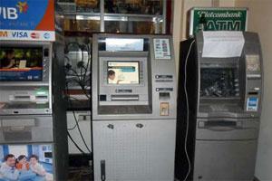 Thử nghiệm lắp 'hộp đen' an ninh cho ATM