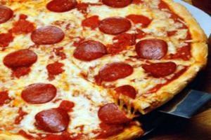 Mua pizza cỡ lớn chỉ với 60.000đ tại nhà hàng Alfresco