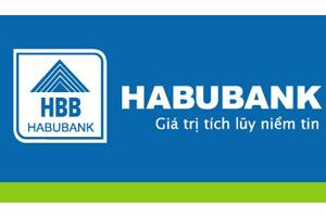 Habubank tặng quà khách hàng nhân ngày 8-3