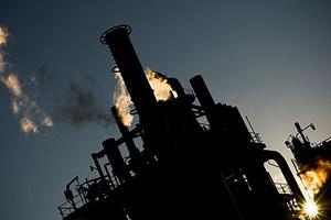 Dầu mỏ và nhiều nhóm tài sản tăng mạnh vì chiến sự lại Lybia