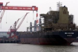 Vinashin bàn giao tàu hàng 53.000 tấn