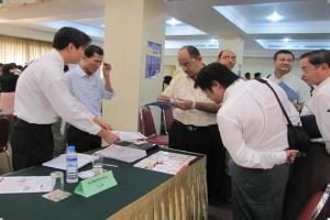 Hiến kế doanh nghiệp Việt vượt khó