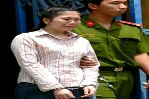 Bị 8 năm tù vì lướt sóng chứng khoán bằng tiền đồng nghiệp