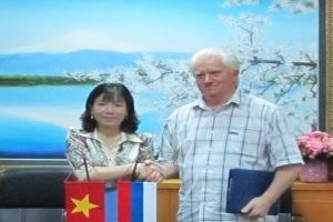 Hợp tác nghiên cứu khoa học và đào tạo nhân lực với Nga
