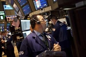Thị trường Mỹ tuần 1-5/8: Những mối lo bủa vây tứ phía