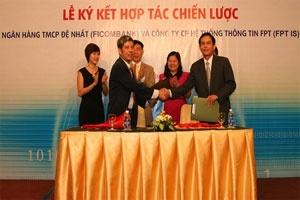 FPT IS ký hợp đồng 127 tỷ đồng với Ficombank