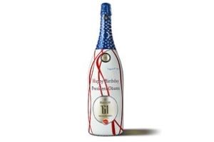 Chai rượu đặc biệt mừng sinh nhật Tổng thống Mỹ