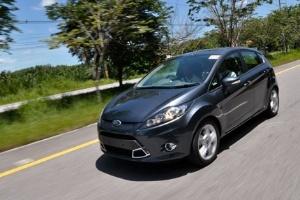 Bí quyết lái xe chỉ ngốn 5,8 lít xăng/100km