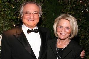 Siêu lừa lãi suất Madoff: 'Đi tù còn sướng hơn'