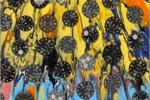 Damien Hirst vẽ tranh sử dụng mặt đồng hồ Paneira