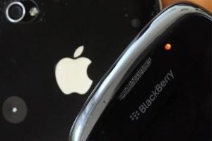 Vận đen của nhà sản xuất BlackBerry