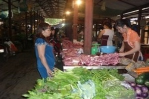 Hà Nội: Giá thực phẩm biến động trái chiều