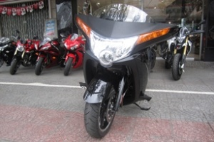 Siêu môtô đường trường về Sài Gòn