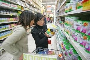 Giá sữa lại tăng: Cơ quan quản lý bất lực?