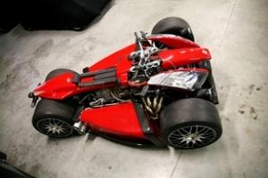 Mô-tô 4 bánh sử dụng động cơ siêu xe Ferrari