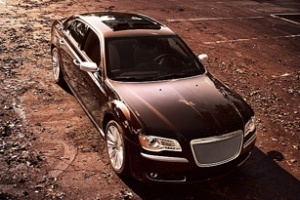 Xe sang Chrysler 300 Luxury Edition 2012 ra mắt