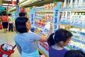 Sữa Trung Quốc tràn lan ở Việt Nam