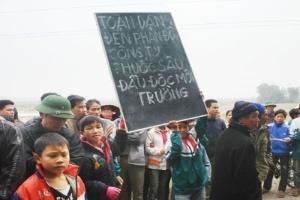 Dân bao vây, đề nghị DN chấm dứt hoạt động