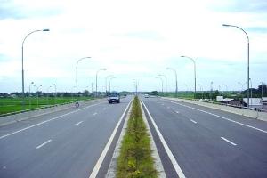 """Hà Nội """"thúc"""" tiến độ GPMB 2 dự án đường cao tốc"""