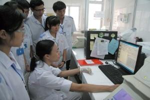 Năm 2012, ĐHQGHN tuyển sinh ngành Bác sĩ đa khoa và Dược học