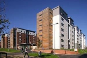 Cơ hội học tập và học bổng tại Đại học West of England