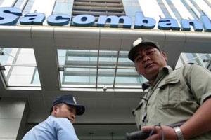 'Cuộc chiến' truyền thông Sacombank-Eximbank, ai hơn ai?