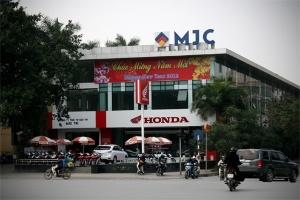 Nhiều bãi đỗ xe thủ đô biến thành trung tâm thương mại