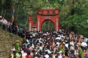 Nghỉ lễ Giỗ tổ: Hào hứng du lịch 'bụi', bình dân