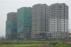 Chung cư mới giảm giá, căn hộ cũ giá cao