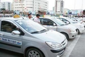 Thanh tra 100% DN taxi Hà Nội: Trăm dâu đổ đầu... DN