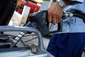 Lại xin tăng giá bán lẻ xăng dầu