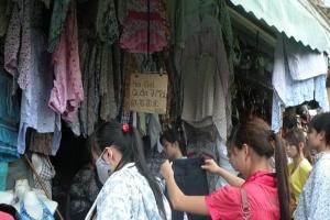 Vải mát, chiếu trúc... đắt khách nhờ trời nóng