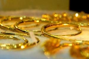 Tuần này tung tiền đầu tư vàng thế nào?