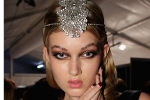 Các vẻ đẹp mới mẻ từ tuần lễ thời trang Australia 2012