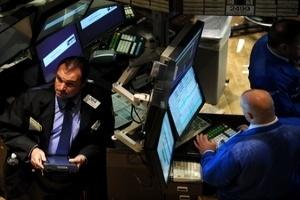 """Thị trường chứng khoán thế giới chìm trong """"sắc đỏ"""""""