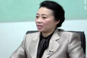 """Em trai bà Hoàng Yến """"xả"""" nhiều hơn mua cổ phiếu Tân Tạo"""