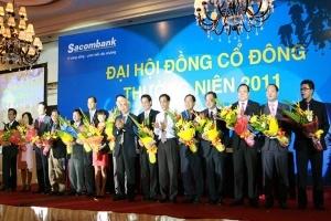 Sacombank hợp nhất với SouthernBank hoặc Eximbank?