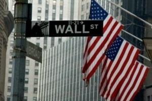 Chuyên gia hạ thấp dự báo tốc độ tăng GDP của Mỹ