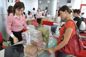 Báo chí quốc tế khen Việt Nam giảm lãi suất